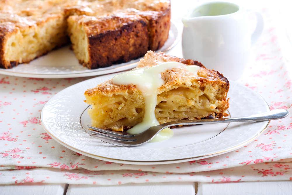 Torta soffice alle mele con crema pasticcera
