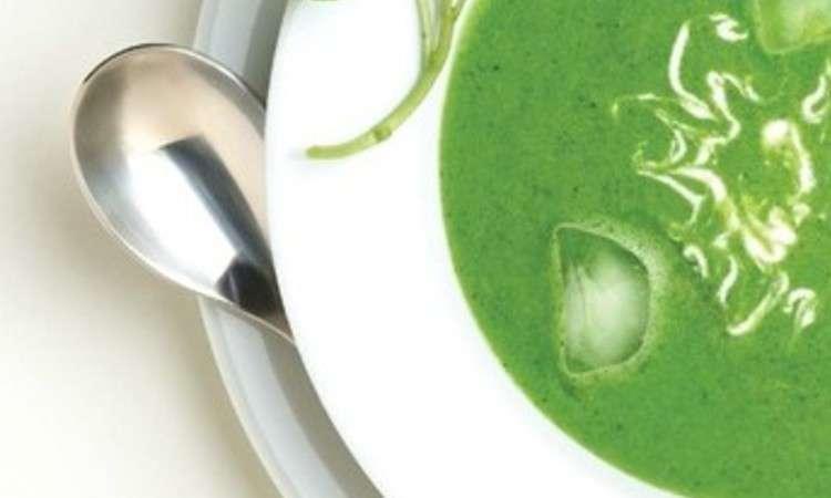 Zuppa di piselli primavera, pancetta e menta