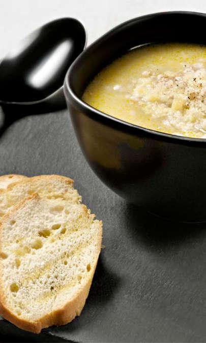 Minestra della salute con cereali e legumi