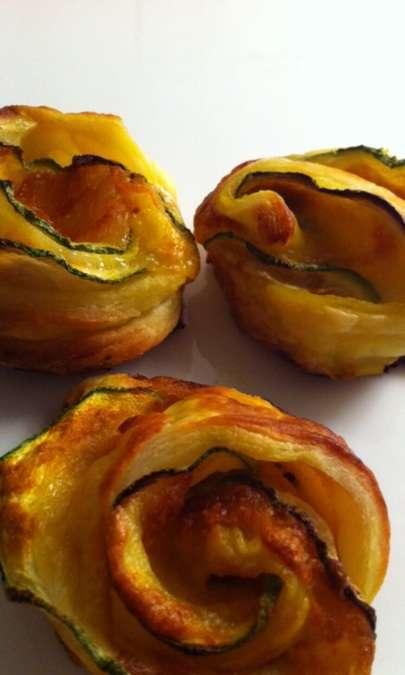 Roselle di zucchine e scamorza in pasta sfoglia