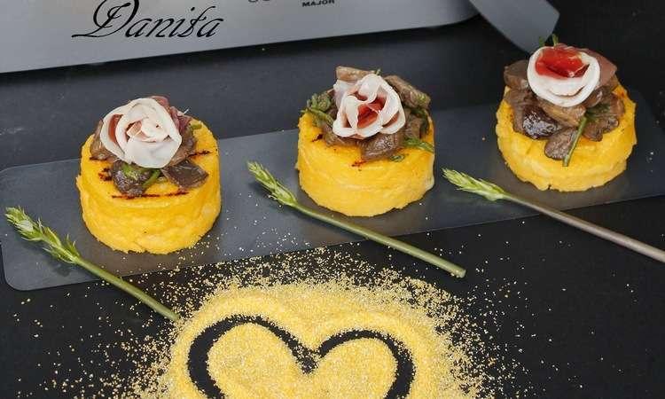 Cilindri di polenta grigliati ripieni di fonduta