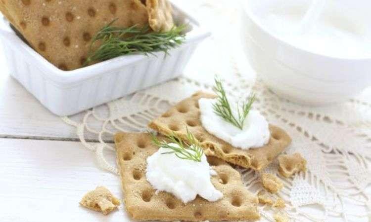 Crackers al grano saraceno