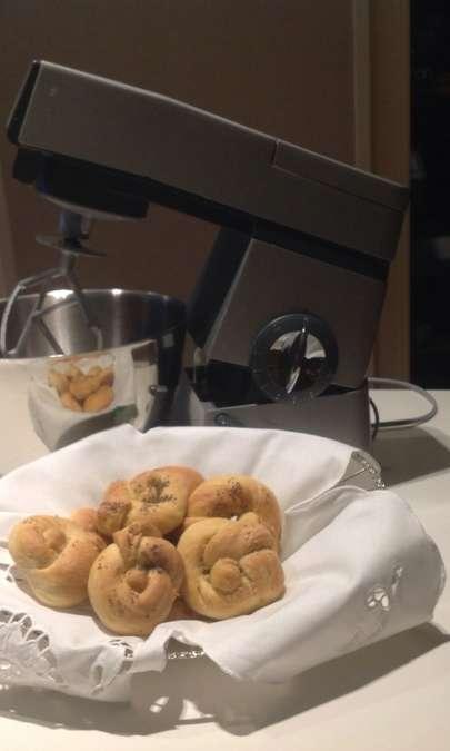 Ghirlande di pane con semi vari