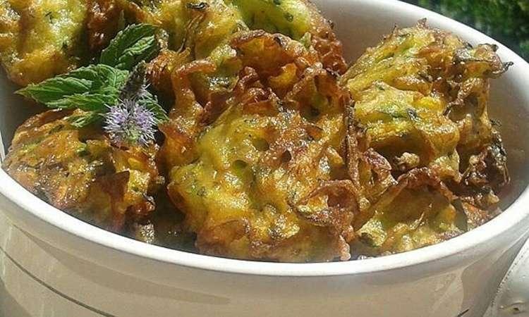 Frittelle di zucchine alla menta
