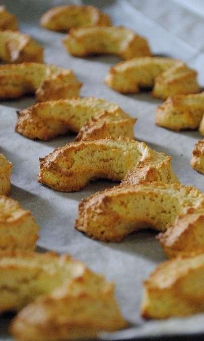 Biscotti alle nocciole e vinsanto