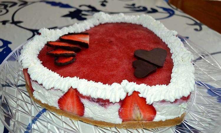 Cheesecake romantico alle fragole