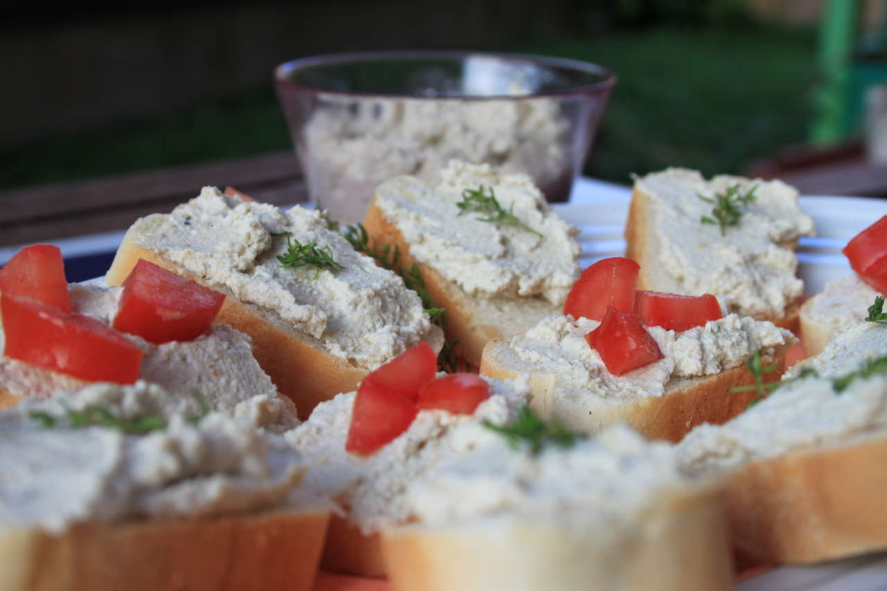 Crostini di fin-baccalà mantecato vegan