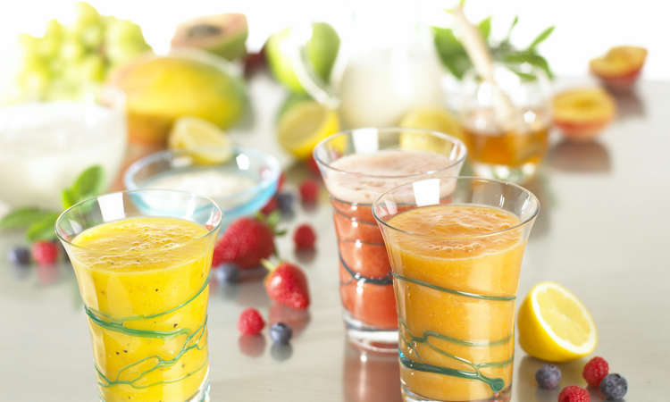 Frullato cremoso ai frutti tropicali