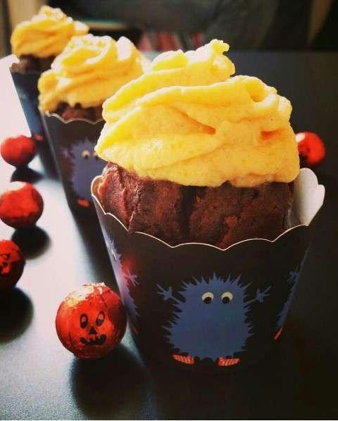 Muffin al cioccolato con crema alla zucca