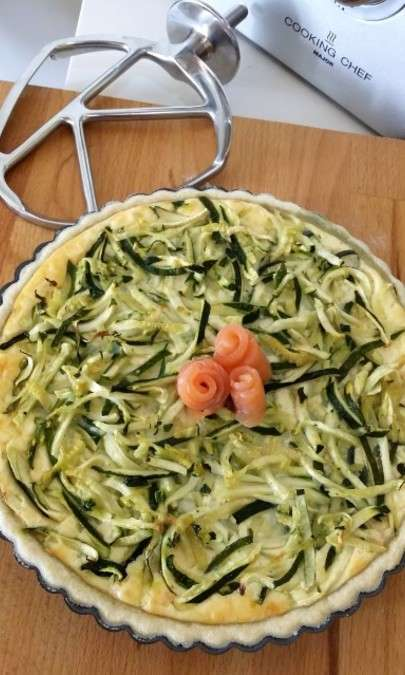 Crostata salata di zucchine e salmone