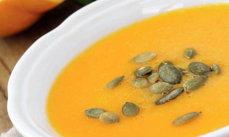 Zuppa rapida di zucca e amaretti