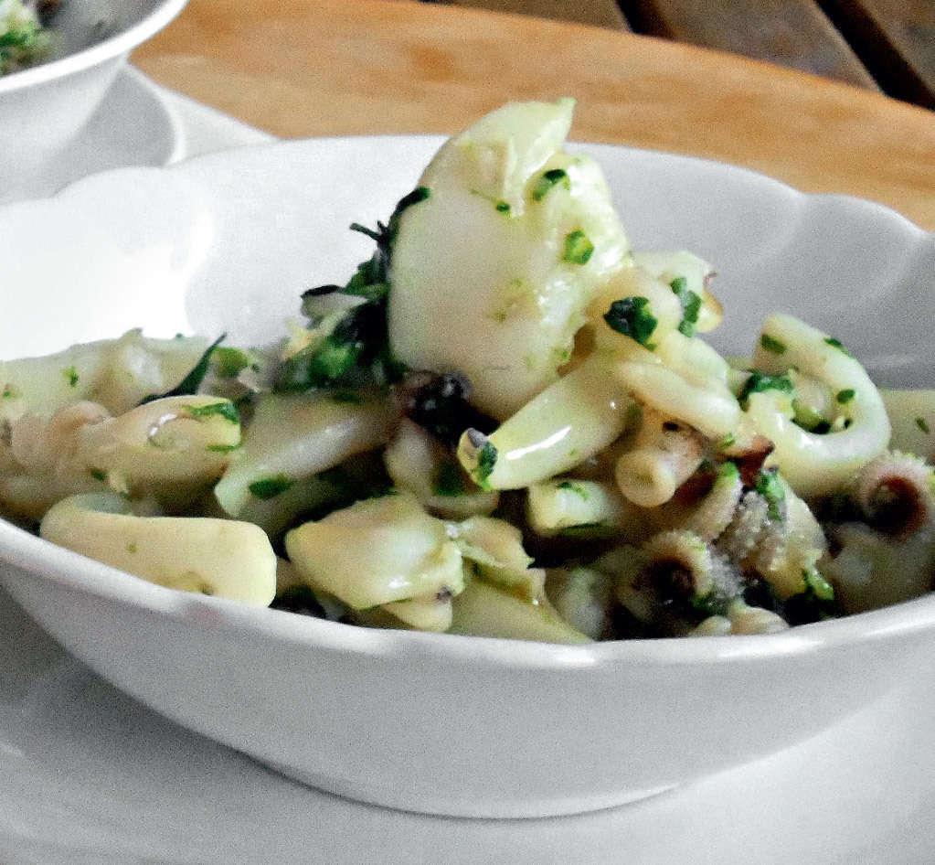 Calamari con verdure dell'orto
