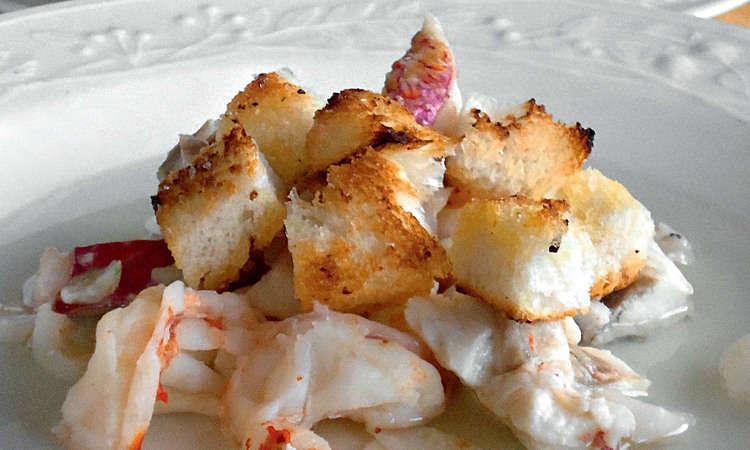 Filetti di rana pescatrice con verdure in brodo e salsa alla senape