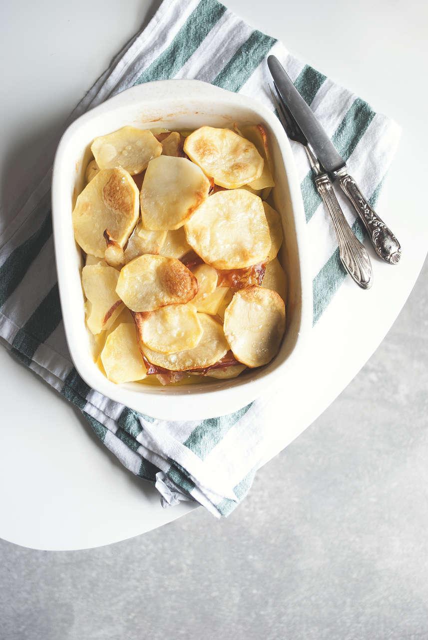 Terrina di patate, mortadella e groviera