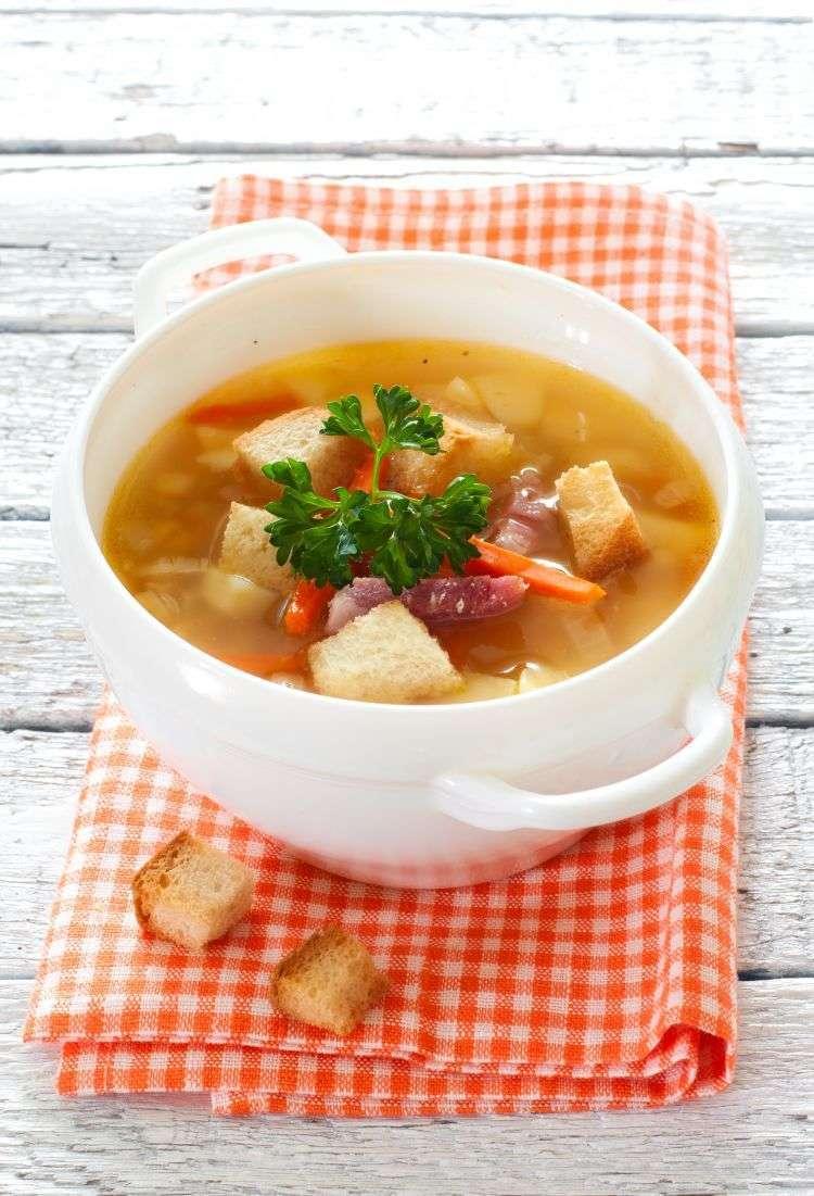 Garbure (Zuppa di maiale e verdure)