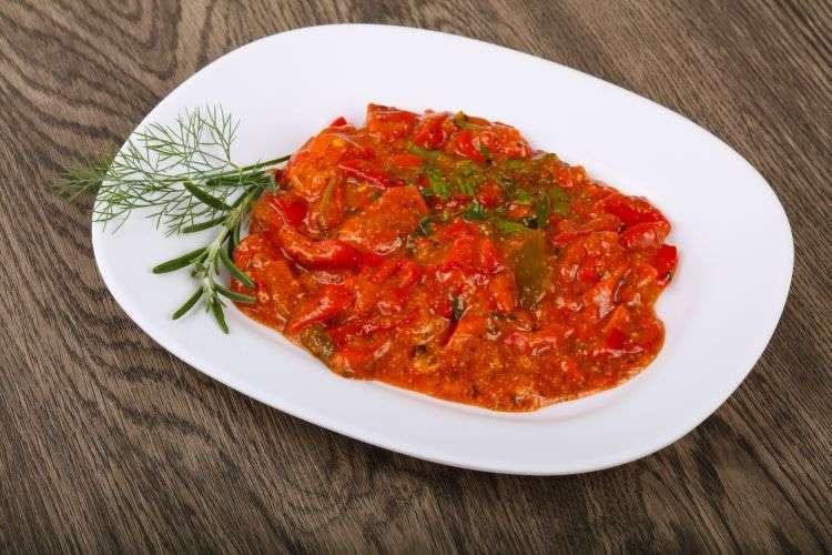 Merluzzo con salsa al pomodoro e quinoa