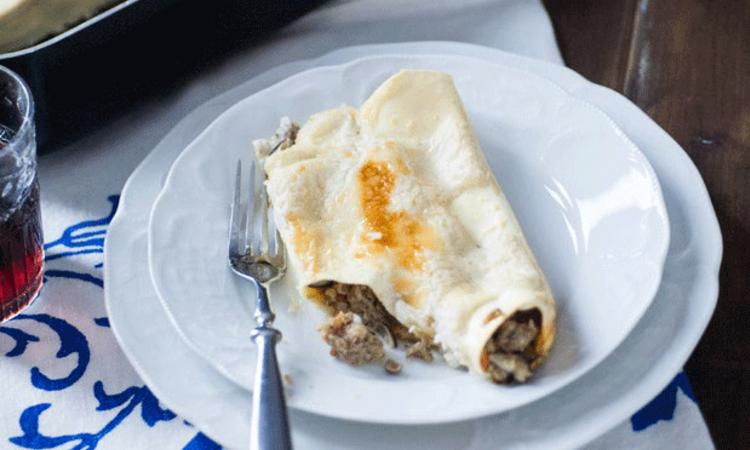 Cannelloni con salsiccia funghi e taleggio di Sonia Peronaci