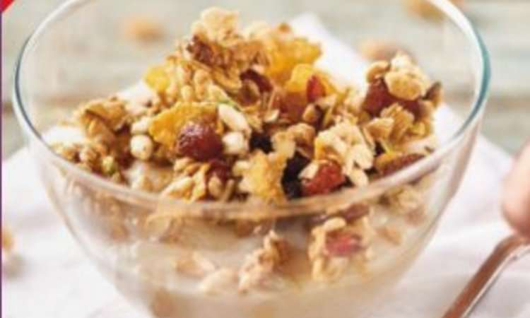 Mousse di pere alla vaniglia con granola