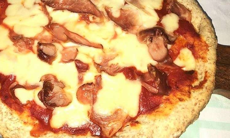 Pizza gustosa