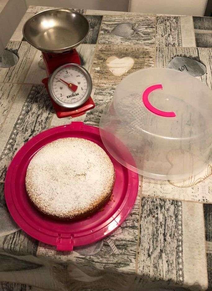 Torta semplice con farina di semola