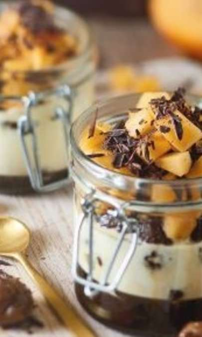 Castagne sciroppate con caco mela e crema al Rum
