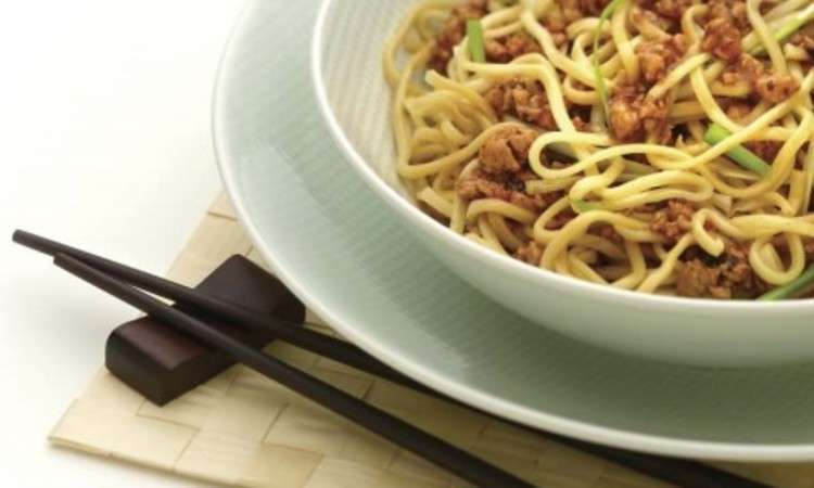Maiale e spaghettini all'orientale