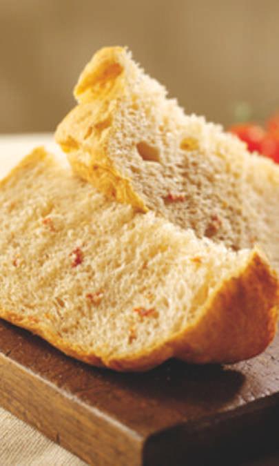 Pane ai pomodorini secchi sott'olio