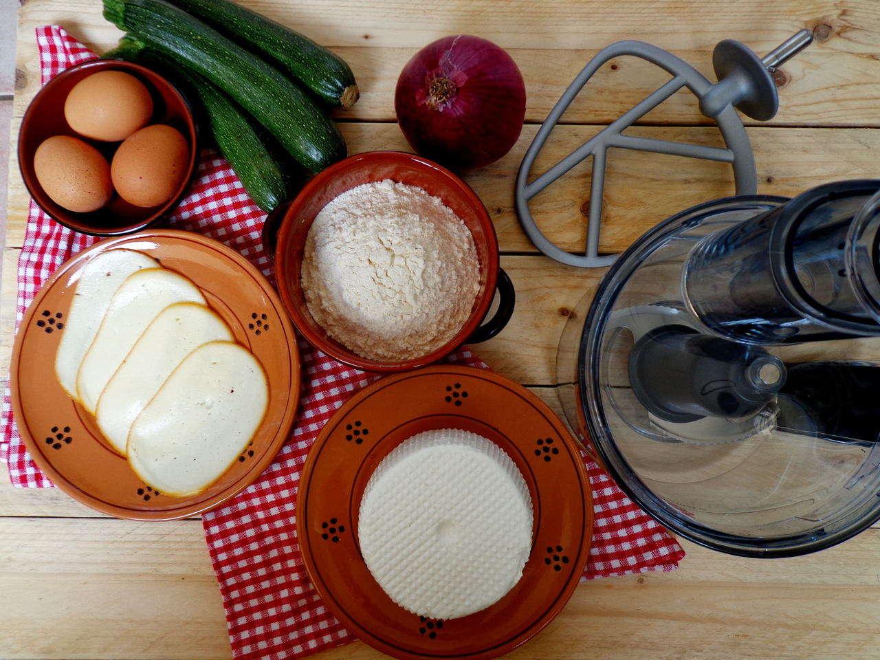Big quiche zucchine e formaggio ingredienti dsc01028